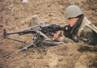 6П41 Печенег в руках бойца